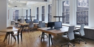 district-cowork-open-desk